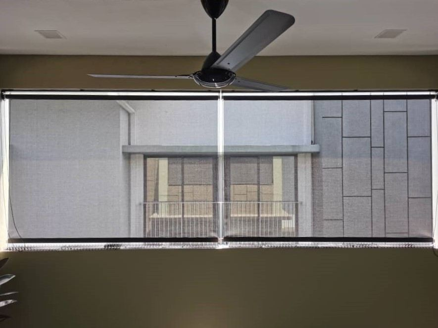 side-cable-outdoor-roller-blind 2