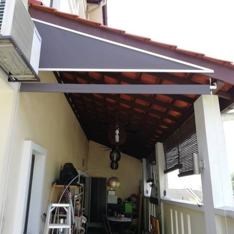 triangle-outdoor-roller-blinds 2