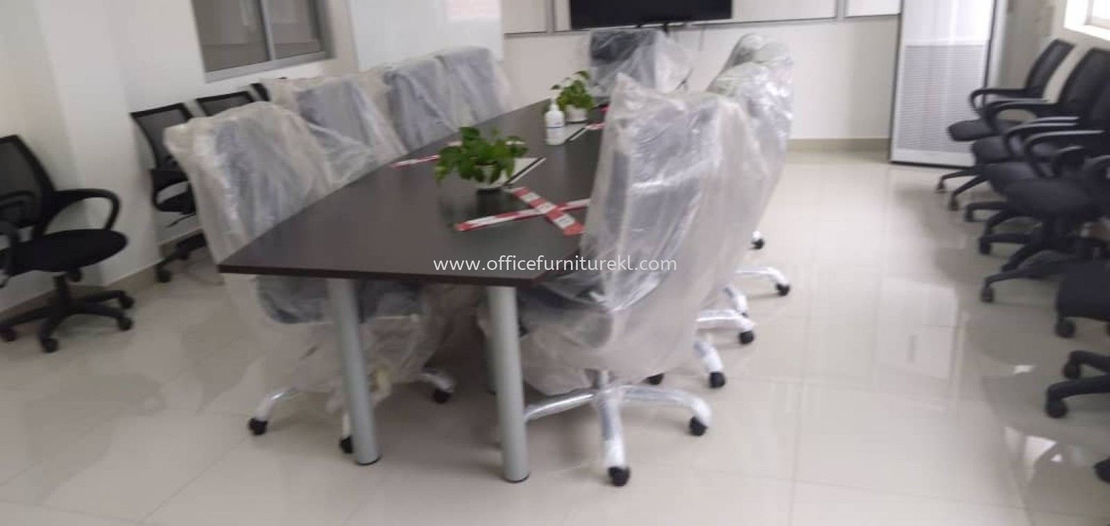 FREE DELIVERY & INSTALLATION QAMAR MEETING OFFICE TABLE AQBC 30 l MANJAR EXECUTIVE OFFICE CHAIR l OFFICE FURNITURE l SHAH ALAM l SELANGOR l TOP 10 BEST RECOMMEND