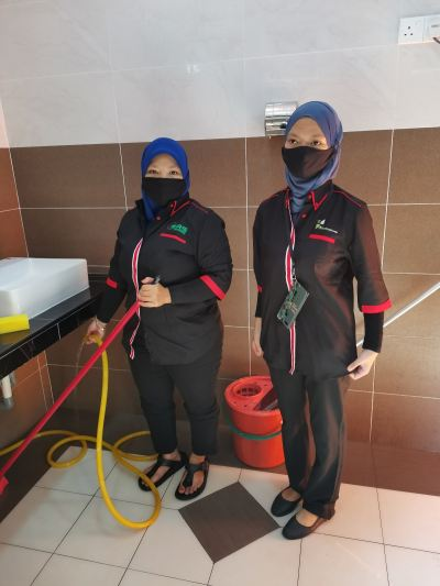Start today 2 full time cleaner at vaccination (ppv kuala langat) 1.7.2021