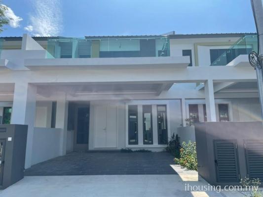 Rent : 8 Residence Ujong Pasir