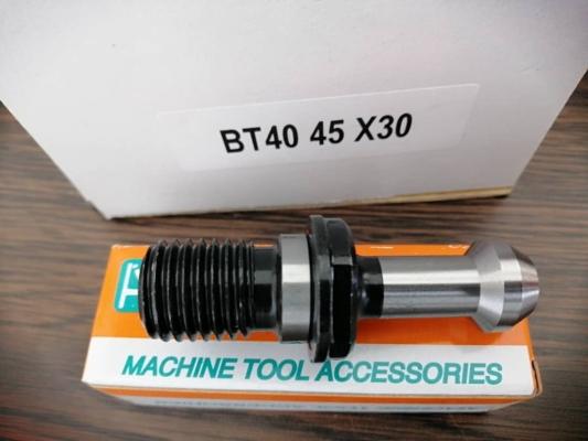 BT40 PULL STUD (45��/90��)
