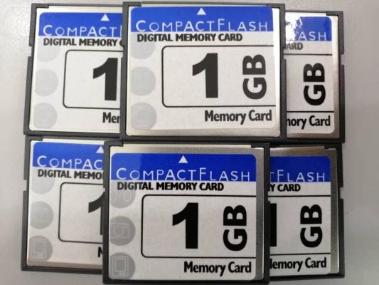 MEMORY CARD (1GB)