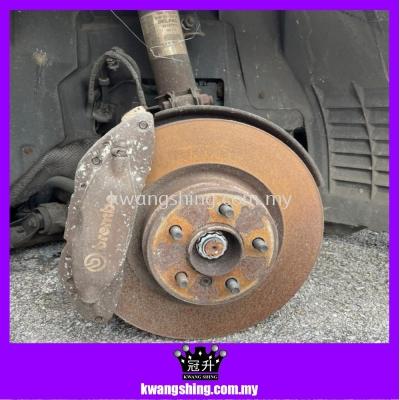 Range Rover Vogue 4.2 Supercharger- Disc Brake