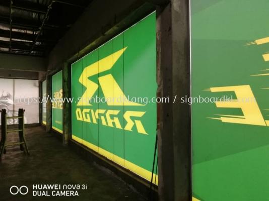 vehicle shop glass sticker signage signboard at klang kuala lumpur shah alam puchong kepong bangsar