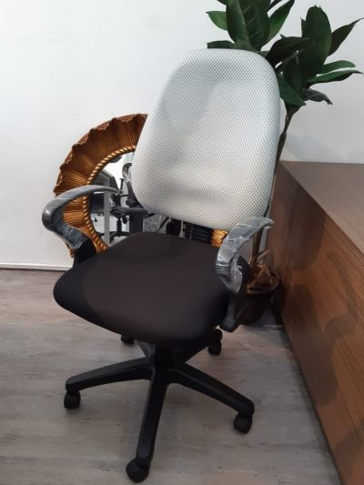 9118A LOW BACK CHAIR