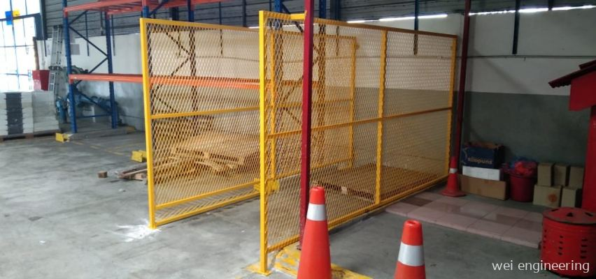 EXPANDED METAL FENCES INSTALLATION WORK