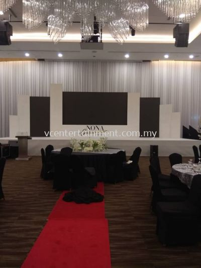 Backdrop with Screen