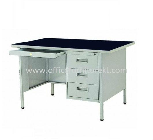STANDARD SINGLE PEDESTAL DESK