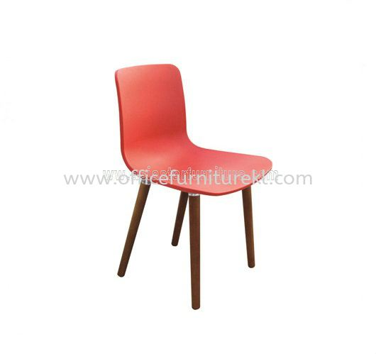 AS HH 782 PP SEAT WITH WOODEN LEG