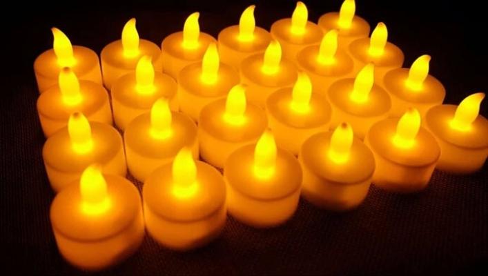 LED Candle 24's