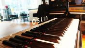 Oslin S-132BK Oslin New Piano