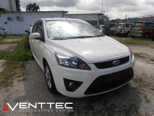 FORD FOCUS HATCHBACK 04Y-11Y = VENTTEC DOOR VISOR
