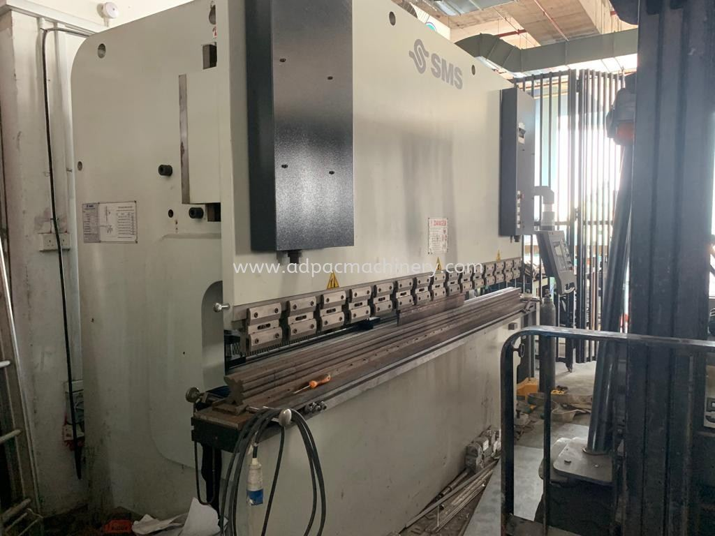 Used Hydraulic Pressbrake With CNC Controller