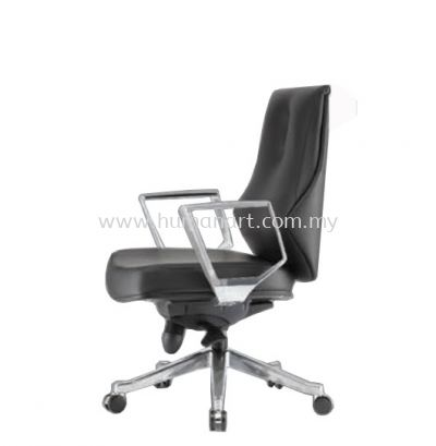 BEGONIA DIRECTOR LOW BACK LEATHER CHAIR C/W ALUMINIUM DIE-CAST BASE