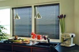 aluminium-venetian-blinds  2