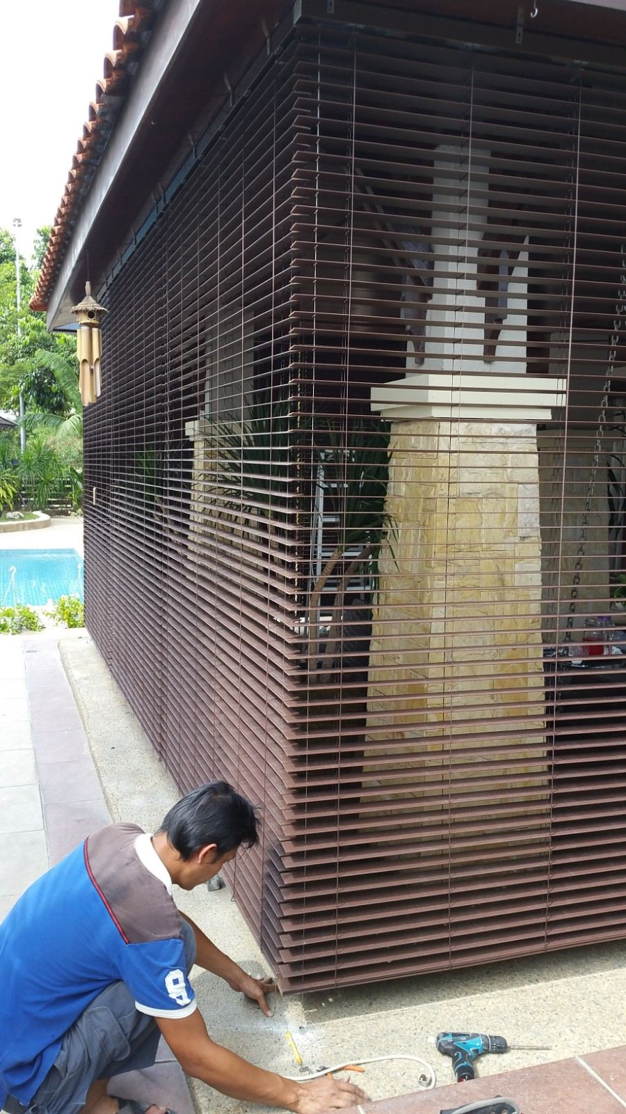 timber-venetian-blinds-outdoor
