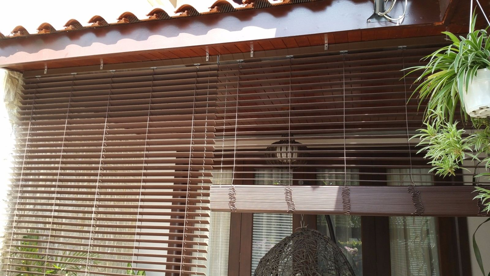 wooden-blinds-outdoor 1
