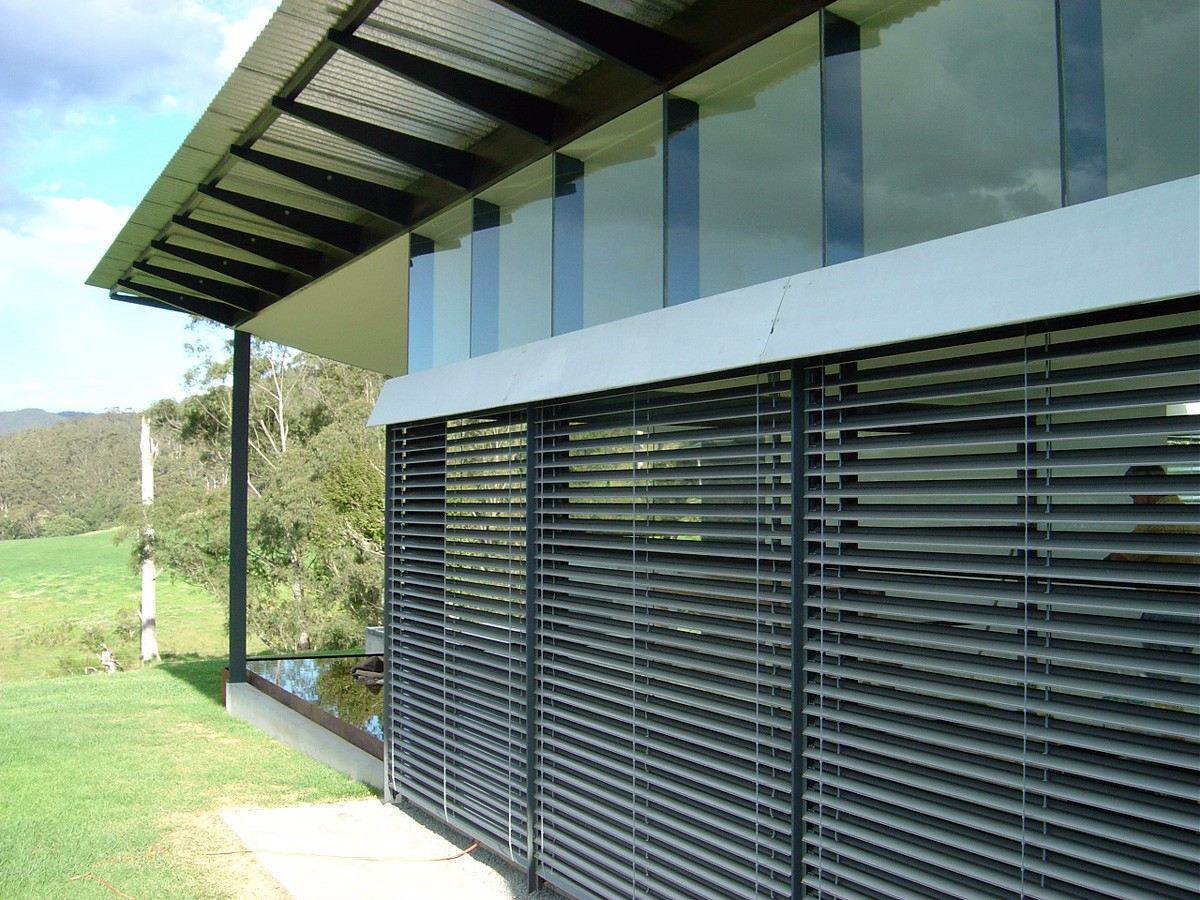 outdoor-venetian-blinds