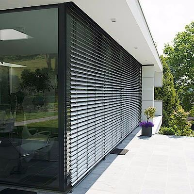 outdoor-aluminium-venetian-blinds 1