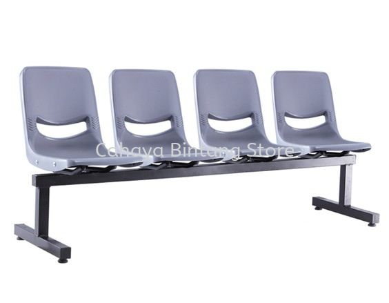 FOUR SEATER LINK CHAIR C/W EPOXY BLACK METAL BASE LC7-1