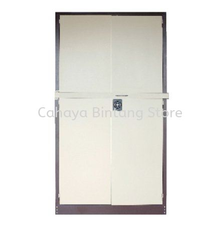 A118LB FULL HIGH STEEL SWINGING DOOR CUPBOARD C/W LOCKING BAR