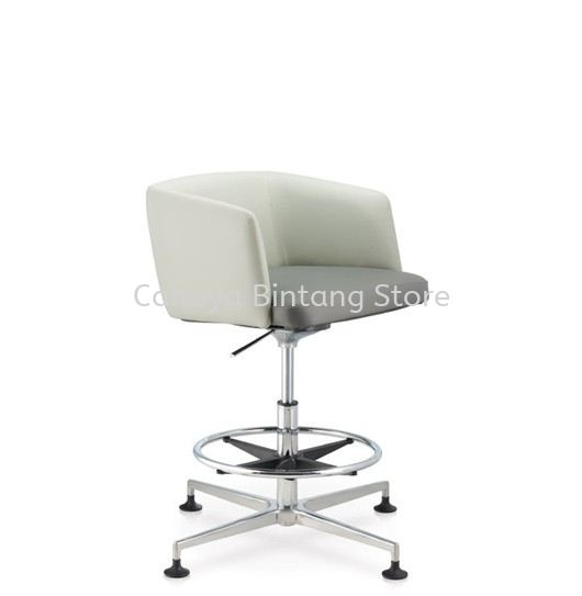 ANTHOM EXECUTIVE LOW BACK CHAIR C/W 4 PRONGED ALUMINIUM BASE WITH STUD AT6632L-15RH