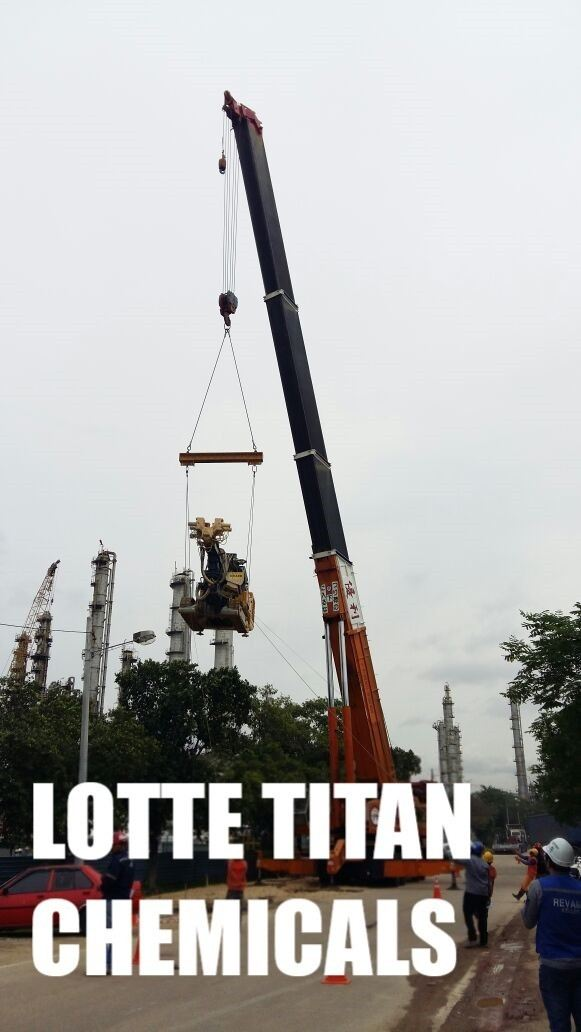 300 Tonne Mobile Crane In Lotte Titan