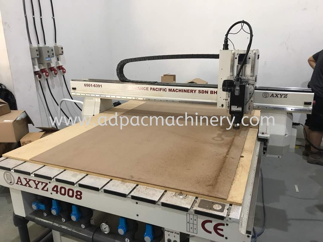 Installation of New AXYZ CNC Router