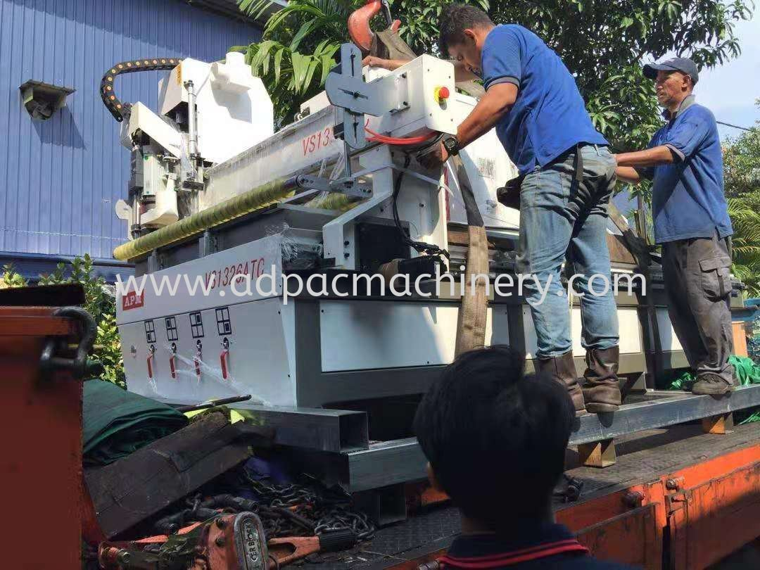 Arrival of New CNC Router with Pressing Wheel