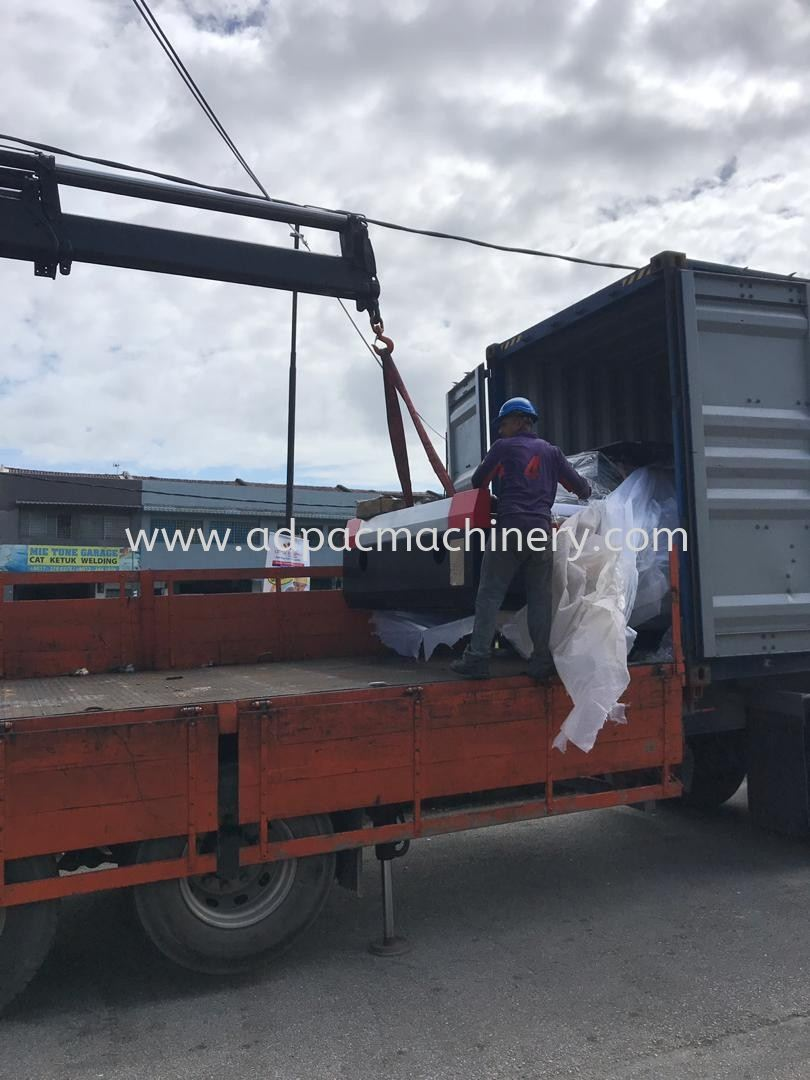 Delivery of New Fiber Laser Cutting (+Tube)  Machine
