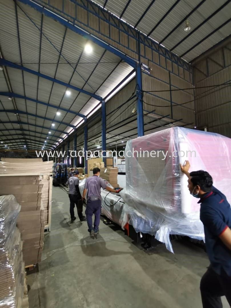Delivery of 2nd Unit Professional Pipe / Tube Laser Cutting Machine