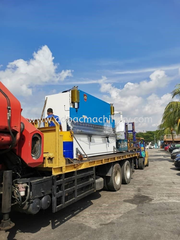 Delivery of New APM CNC Hydraulic Press Brake / Bending Machine