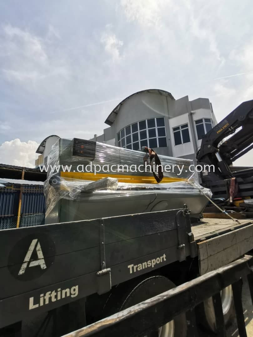 Delivery of Used Haco Hydraulic Shearing Machine / Cutting Machine