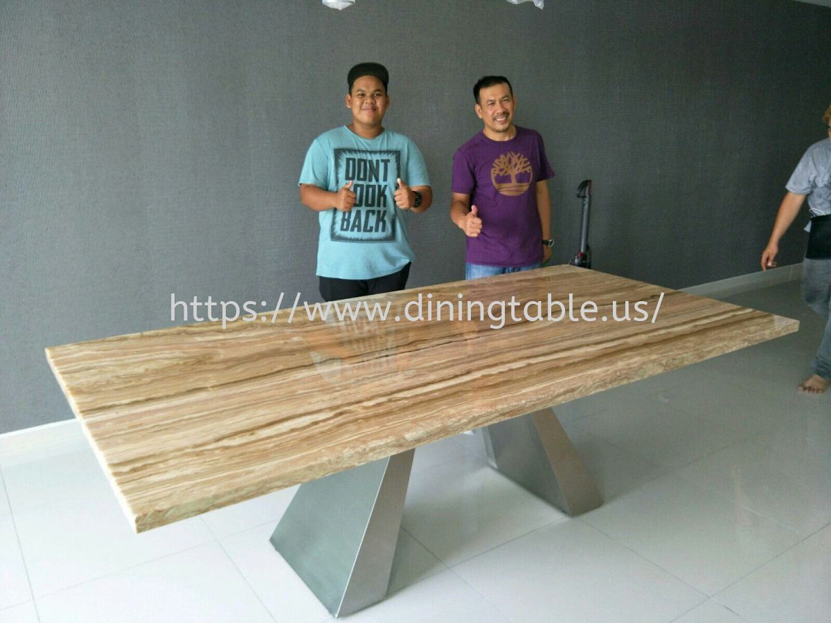 Beige Marble Dining Table - Dilegno Onyx Marble