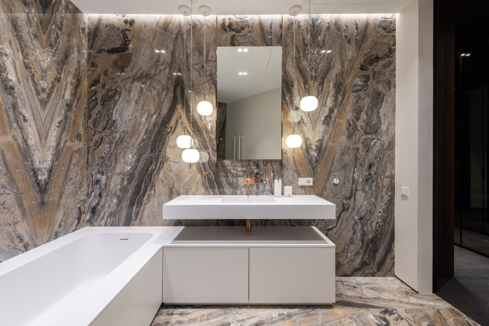 Orobico Marble Feature Wall (Bookmatched)
