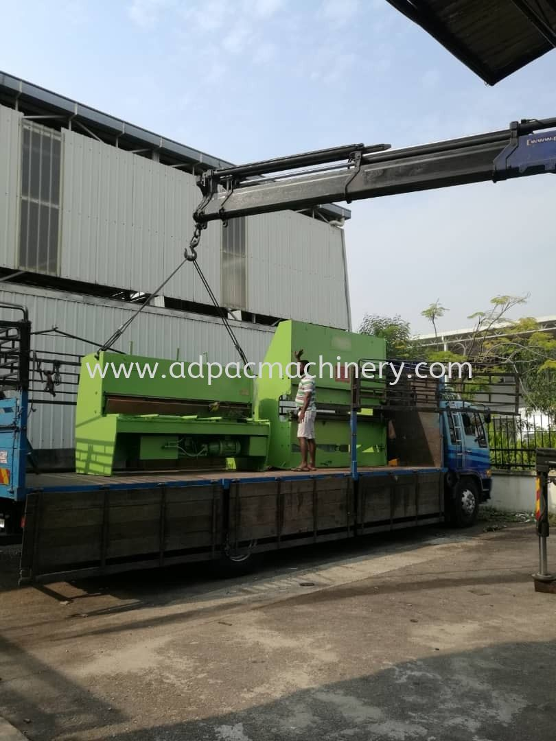 Delivery of Used Shearing Machine to Puchong Warehouse