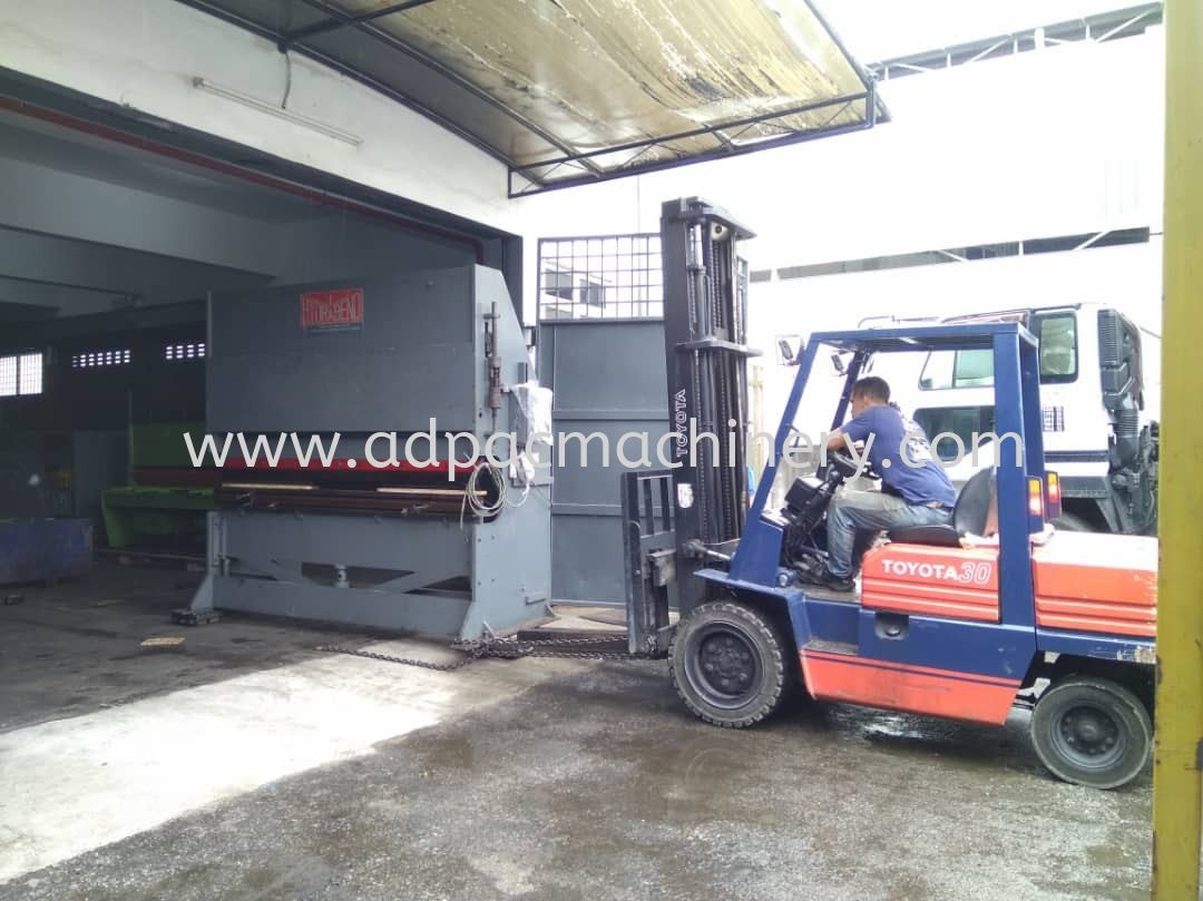 Delivery of Used Hydrabend Pressbrake