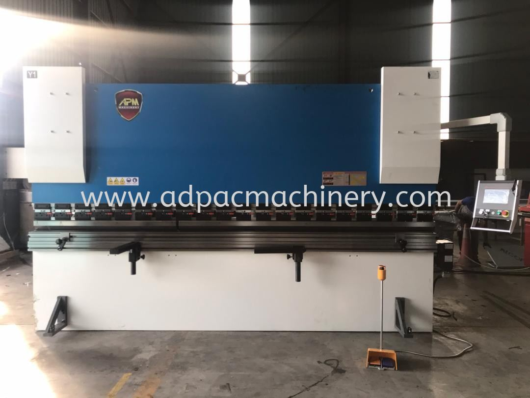 New APM Hydraulic CNC Pressbrake was delivered