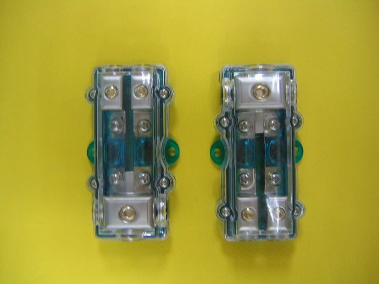 Fuse Distributor (1 to 2) Fuse Accessories JB Johor Bahru Malaysia Supply Suppliers  | C & C Auto Supplies (M) Sdn. Bhd.