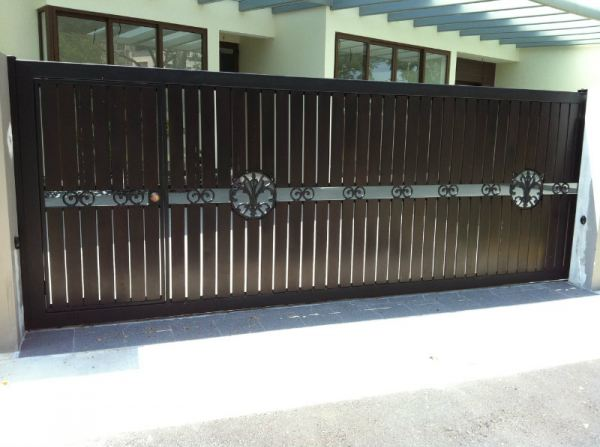 Main Sliding Gate Chengai Wood Mixed Iron Design. Main Gate and Fencing Singapore Supplier, Supply, Supplies, Installation   TMA Technology System Pte Ltd