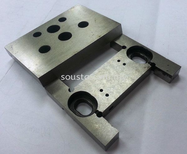 Cutting Knives for Plastic Industry Plastic and Packaging Industries Johor Bahru (JB), Malaysia Sharpening, Regrinding, Turning, Milling Services | Sousta Cutters Sdn Bhd