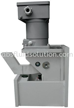 Hydraulic Decoking Systems Latching Mechanisms