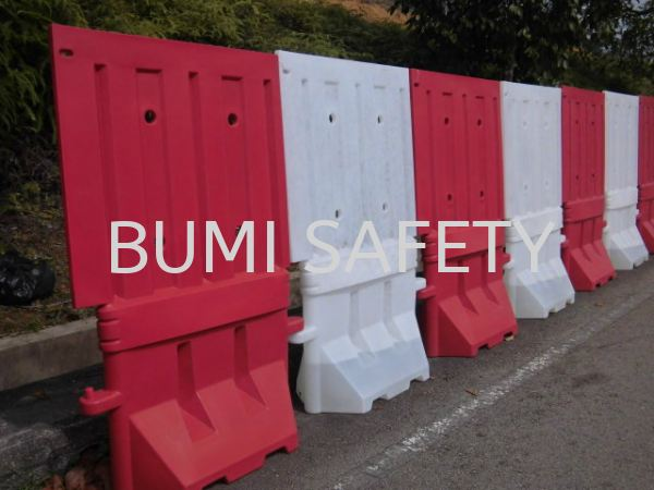 SAFETY- PLASTIC ROAD BARRIER  Traffic Control Safety Vest / Traffic Control Selangor, Kuala Lumpur (KL), Puchong, Malaysia Supplier, Suppliers, Supply, Supplies | Bumi Nilam Safety Sdn Bhd