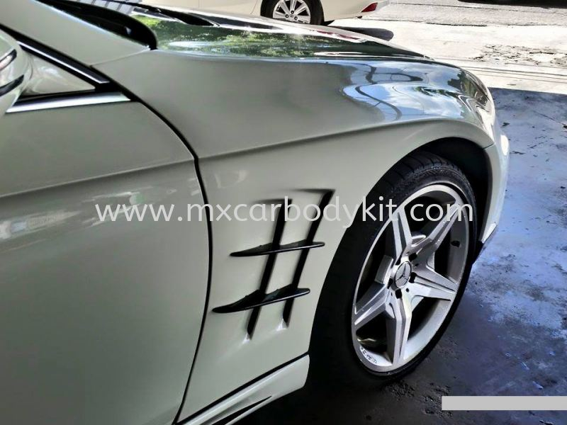 MERCEDES BENZ W219 CLS FRONT FENDER W219 (CLS CLASS) MERCEDES BENZ Johor, Malaysia, Johor Bahru (JB), Masai. Supplier, Suppliers, Supply, Supplies | MX Car Body Kit