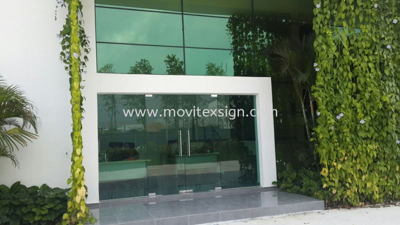 Before  put up any tinted  film  or Frosted film sticker  Glass Display Johor Bahru (JB), Johor, Malaysia. Design, Supplier, Manufacturers, Suppliers | M-Movitexsign Advertising Art & Print Sdn Bhd