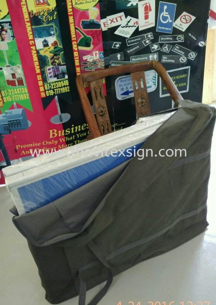 Exibition display board with carry bag fully new size 7ft x 84 (click for more detail) Exhibition Johor Bahru (JB), Johor, Malaysia. Design, Supplier, Manufacturers, Suppliers | M-Movitexsign Advertising Art & Print Sdn Bhd