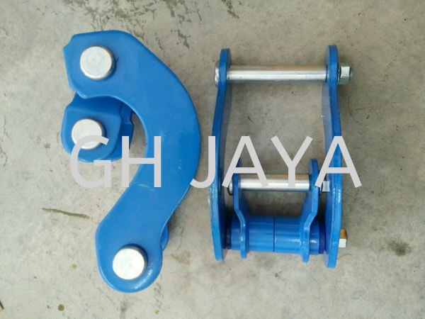 SPRING SHACKLE KIT SET RR TOYOTA KUN25 4X4 SPRING SHACKLE KIT SET Kedah, Sungai Petani, Malaysia Supplier, Suppliers, Supply, Supplies | GH Jaya Autoparts Sdn Bhd
