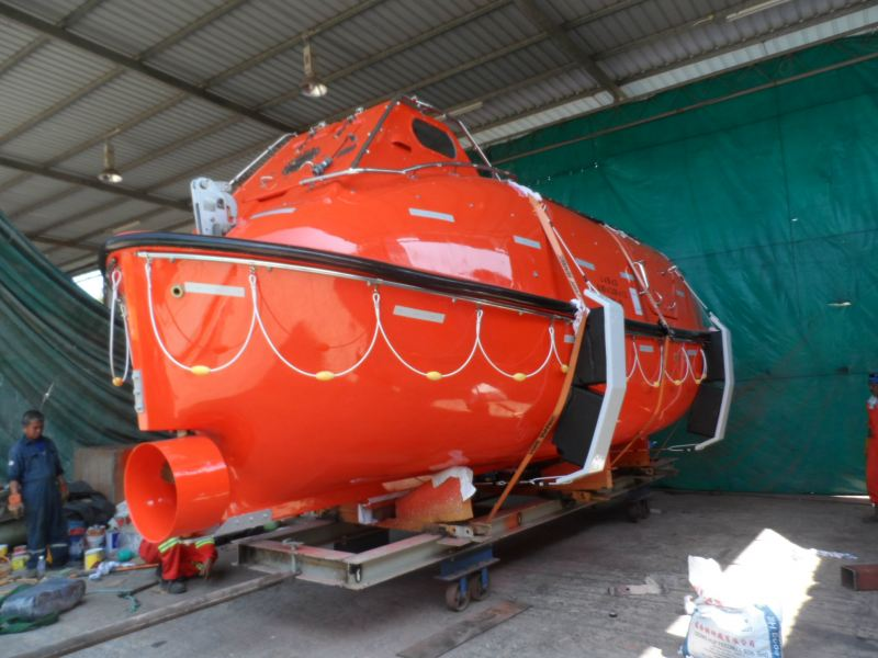 Refurbishment Lifeboat and Rescue Boat Johor Bahru (JB), Johor, Malaysia Service, Inspections | Boat Davit Sdn Bhd