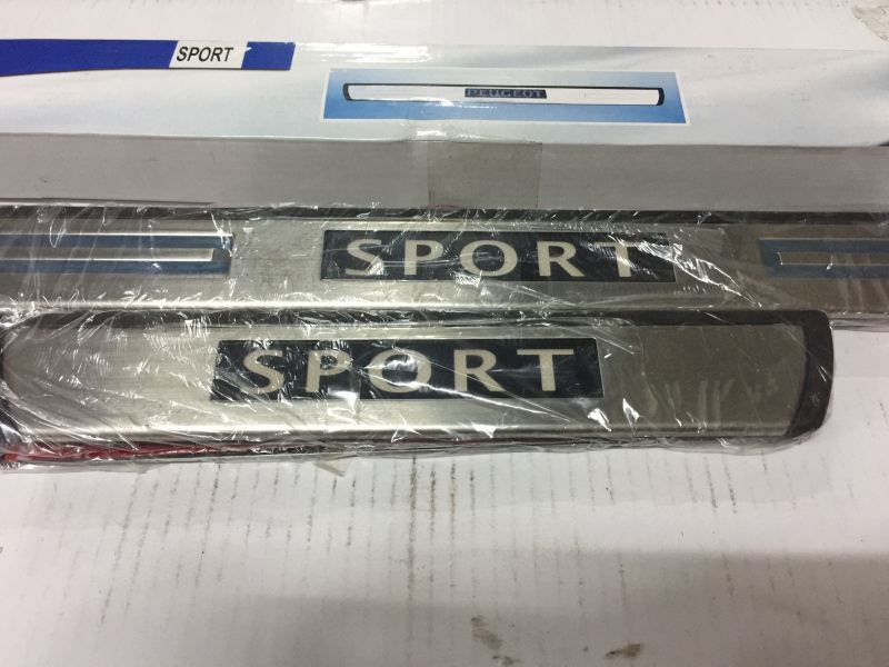 SIDE STEEL PLATE LED SPORT (s/n: 000033) Door Step Accessories JB Johor Bahru Malaysia Supply Suppliers  | C & C Auto Supplies (M) Sdn. Bhd.